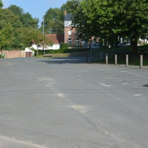 Salle Patria Blanmont - grande salle à louer : le parking - Brabant wallon