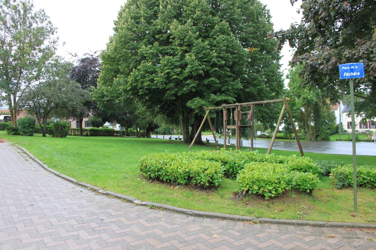 Salle Patria Blanmont - hébergement mouvement de jeunesse - terrain de jeu - Brabant wallon